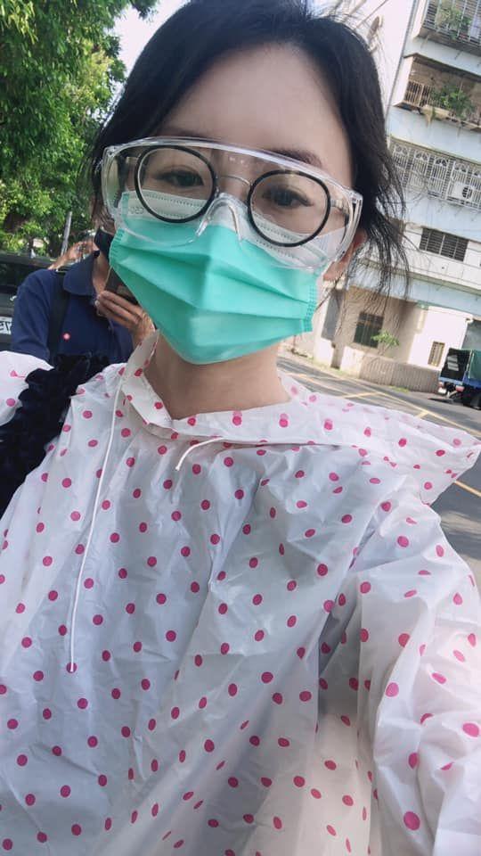 ▲吳衣璇擔心父母,也不想搭上陽性公車。(圖/吳衣璇臉書)