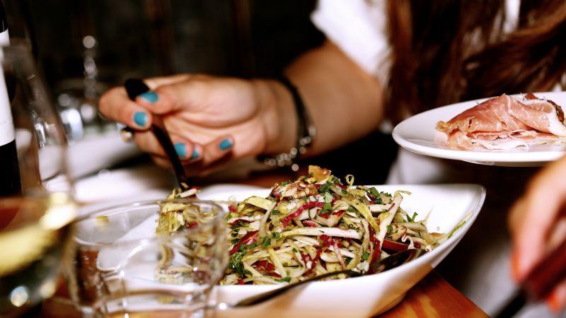 ▲有網友好奇「餐飲業到底有多慘」,貼文一出,掀起熱議,眾人也點出「這一類型」的餐廳一定最慘。(示意圖/取自pixabay)