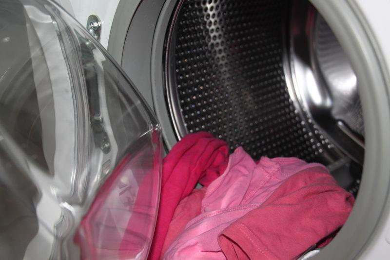 ▲有一名網友抱怨,表示自己買了「滾筒式洗衣機」,卻感覺「怎麼洗都洗不乾淨」,貼文一出,也有內行網友點出致命關鍵。(示意圖/取自pixabay)