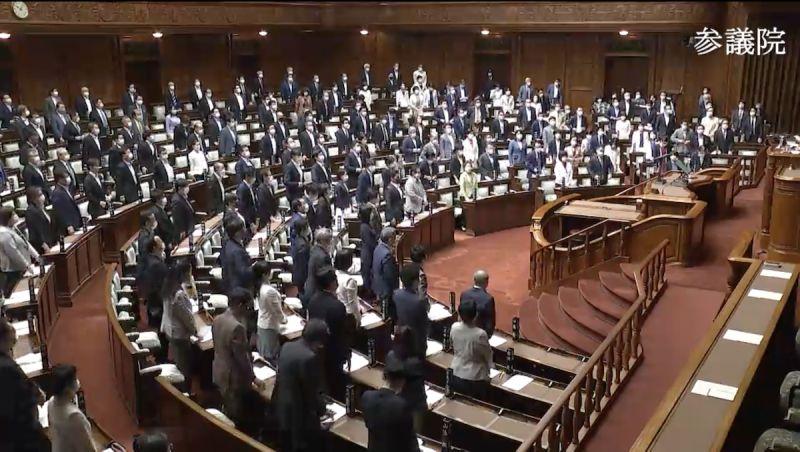 ▲日本參議院一致通過挺台灣參與WHA議案。(圖/翻攝自日本參議院)