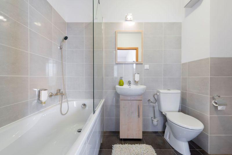 ▲若是浴室沒有對外窗,就得善用工具才能讓浴室不易長霉。(圖/NOWnews資料照片)