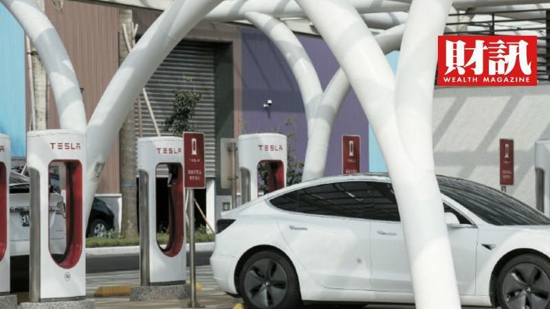 ▲售價僅三萬人民幣的宏光Mini打敗特斯拉,躍上中國新能源車銷售王座。(圖/財訊雙周刊)