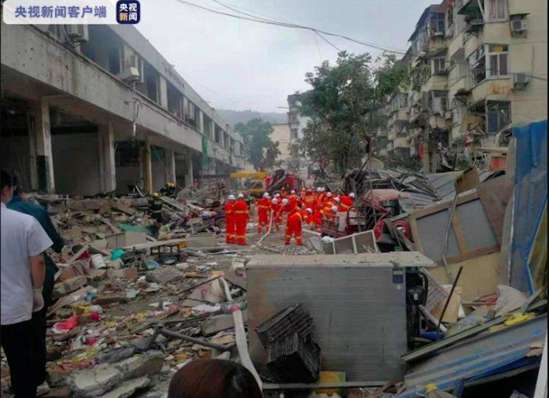 影/中國湖北天然氣爆 菜市場被炸翻釀12死、138傷