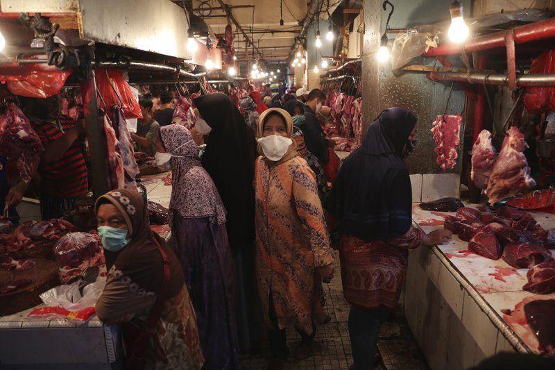 ▲印尼新型冠狀病毒疫情趨於嚴峻,中爪哇紅區新增病例逾8成感染Delta變異病毒株。(圖/美聯社/達志影像)