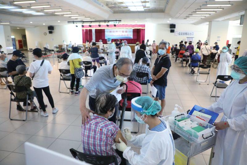 重症救命神器HFNC 衛福部證實:昨配發200台到急救醫院