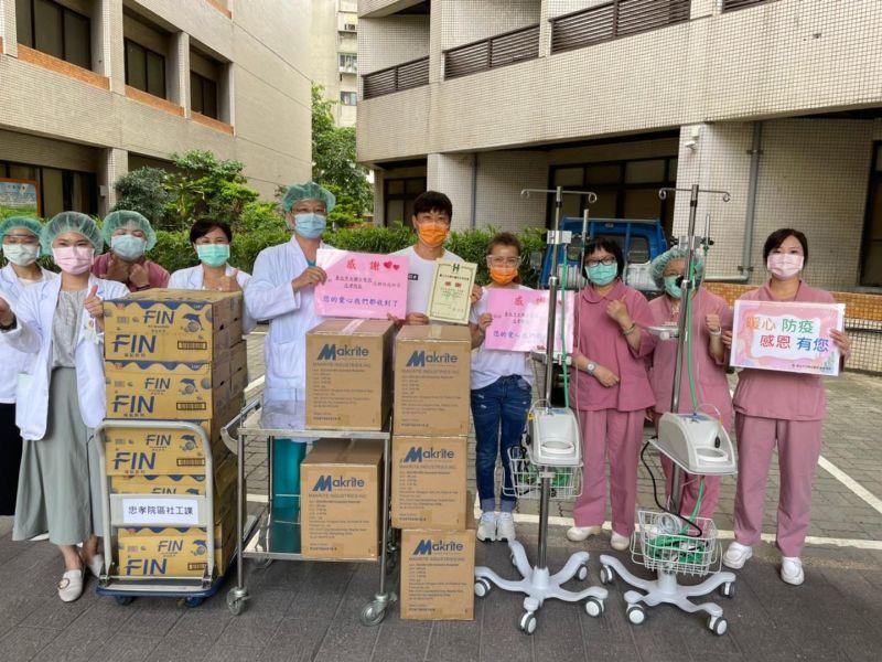 侯昌明捐2台救命神器 謝罪醫護「抱歉占用疫苗」