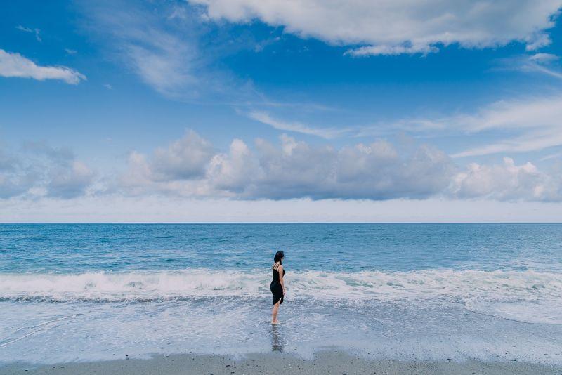 ▲漂洋過海來台灣的小莉,已定居超過24年。(圖/Shutterstock)