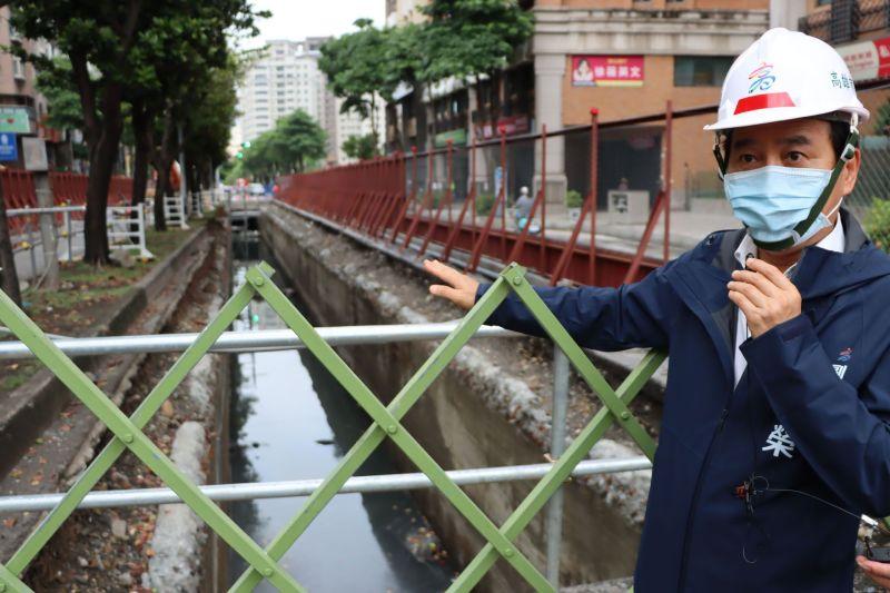 ▲林欽榮表示,大順路段輕軌工程會先進行排水箱涵改建。(圖/高市府捷運局提供)
