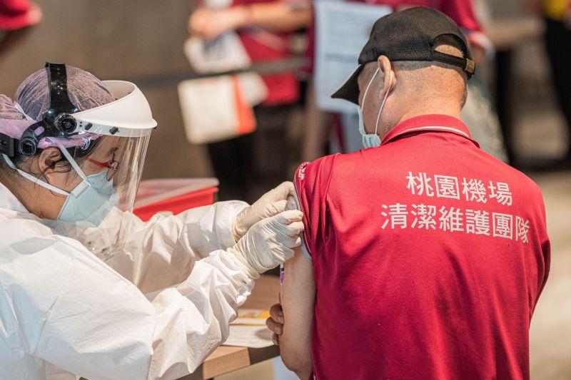 疫苗殘劑使用 指揮中心同意候補接種、未開放類別也行