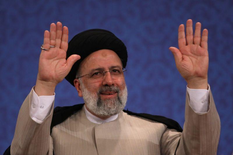 ▲伊朗總統當選人萊希(Ebrahim Raisi)在勝選後的首次記者會中表示,他不同意為了核子談判而談判,同時他排除會見美國總統拜登的可能性。(圖/美聯社/達志影像)