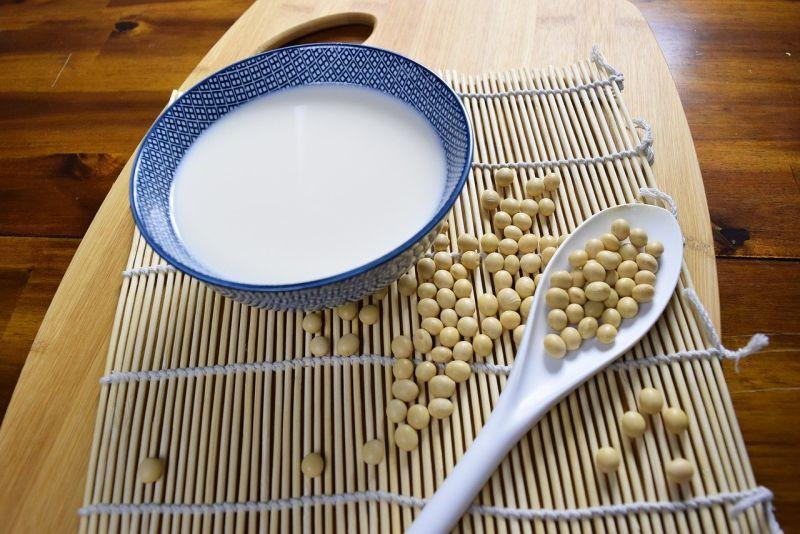 ▲網友發現超商內豆漿的款式比較多。(示意圖/翻攝Pixabay)