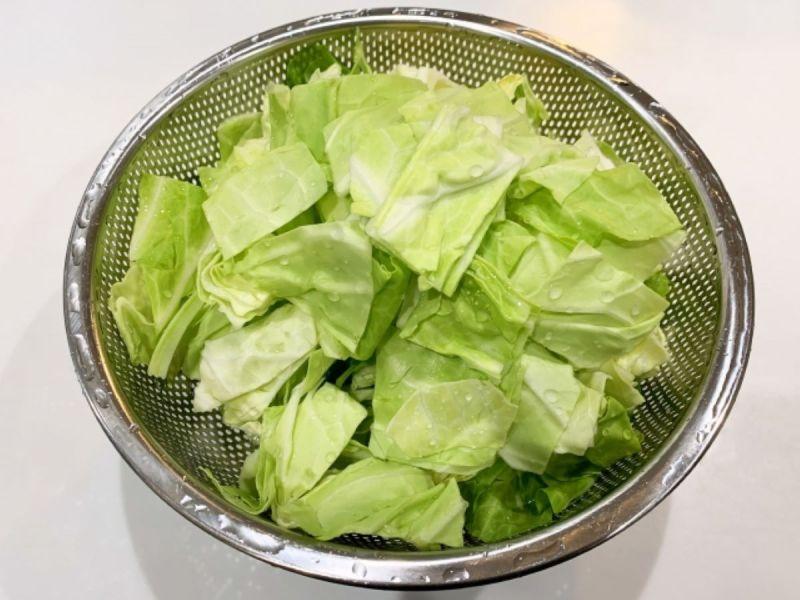 ▲原PO分享高麗菜延長保存期限的小撇步,就是做成「高麗菜乾」。(示意圖/翻攝photoAC)