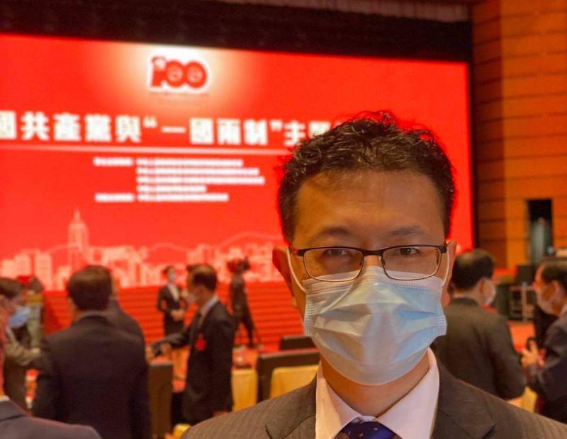▲曾大力批評反送中示威是「亂港」的港區人大代表吳秋北,公開點名香港01、立場新聞等媒體在「自取滅亡」。(圖/翻攝自吳秋北臉書)