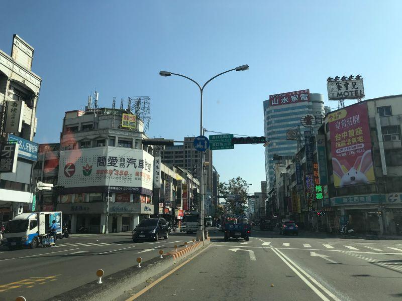 ▲漢口路周邊機能完整,是北區熱門購屋區段之一。(圖/NOWnews資料照片)