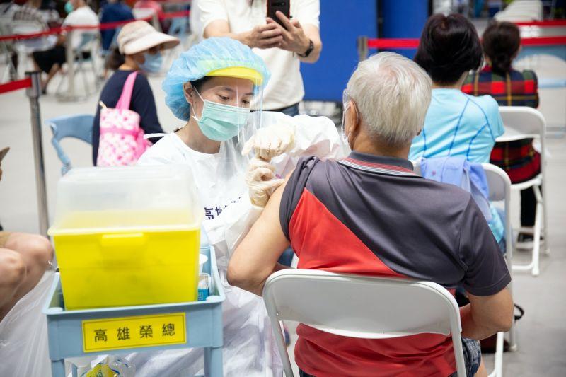 實測!搶疫苗殘劑 新北衛生所僅剩4間、診所預約大爆滿