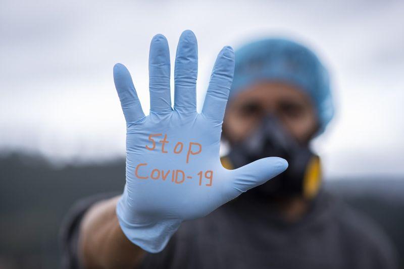 ▲中央流行疫情指揮中心26日針對最新疫報做出說明。(圖/取自免費圖庫)