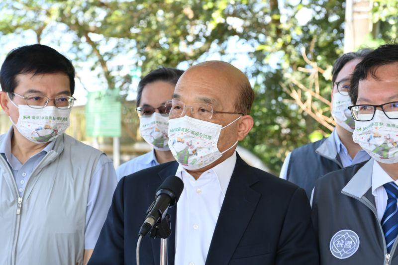 ▲根據最新民調結果顯示,有5成民眾對行政院長蘇貞昌感到不滿。(圖/行政院提供)