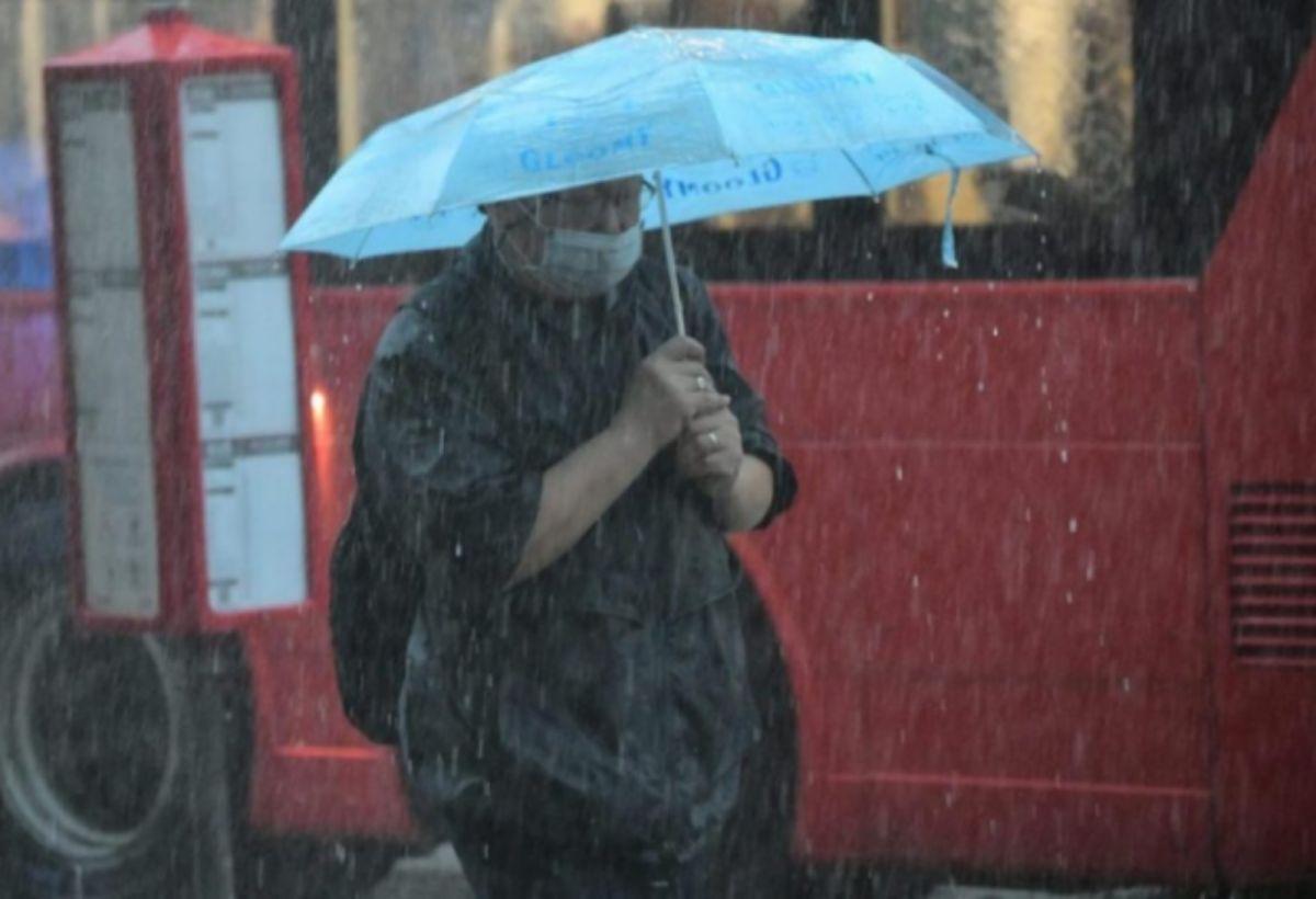 ▲中央氣象局表示,今(1)起水氣增多,北台灣溫度略降,午後須防劇烈降雨。(圖/NOWnews資料照)