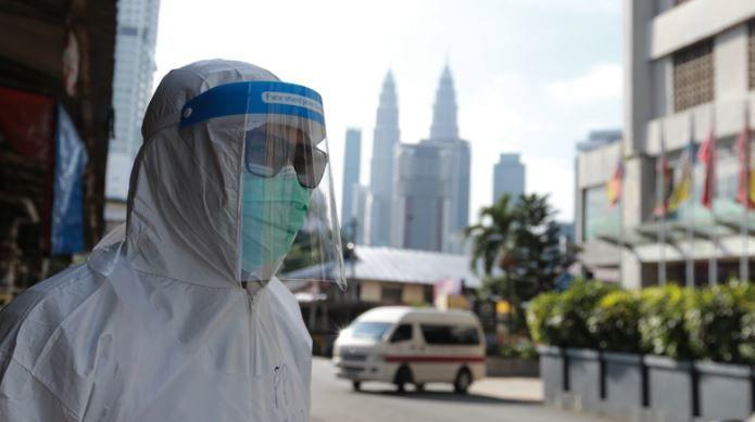 新加坡漁港群聚逾400人確診 大馬又添萬人染疫