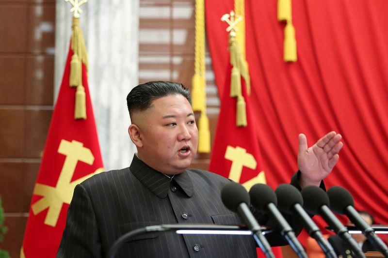▲北韓外務省今天表示,美國在印太地區成立的新防衛聯盟,以及近與澳洲的潛艦合約,可能會在這個區域引發「核武競賽」。圖為北韓領導人金正恩員。(圖/美聯社/達志影像)