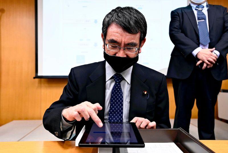 誰來接班日本首相 共同社民調河野太郎31.9%居冠