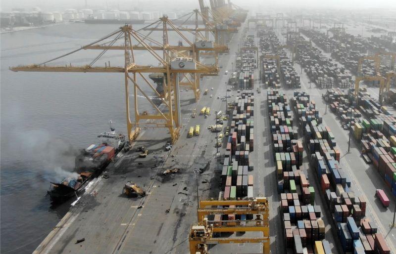 杜拜港口貨櫃船爆炸震撼全市 當局展開調查