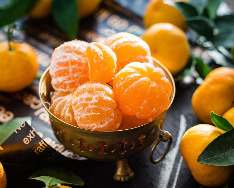 ▲網友們紛紛一面倒認為「柑橘類」的水果都不行,絕對出局。(示意圖/翻攝自pixabay)