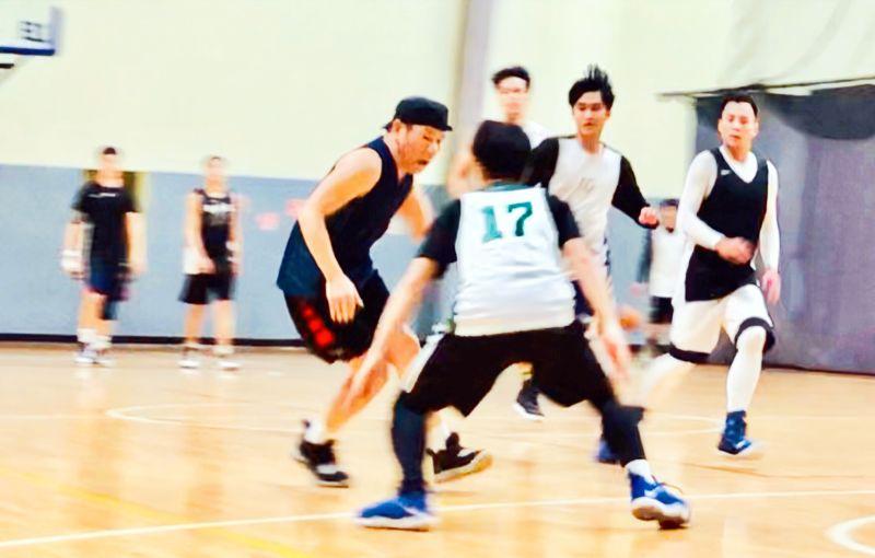 ▲趙傳熱愛打籃球。(圖/旋風音樂提供)