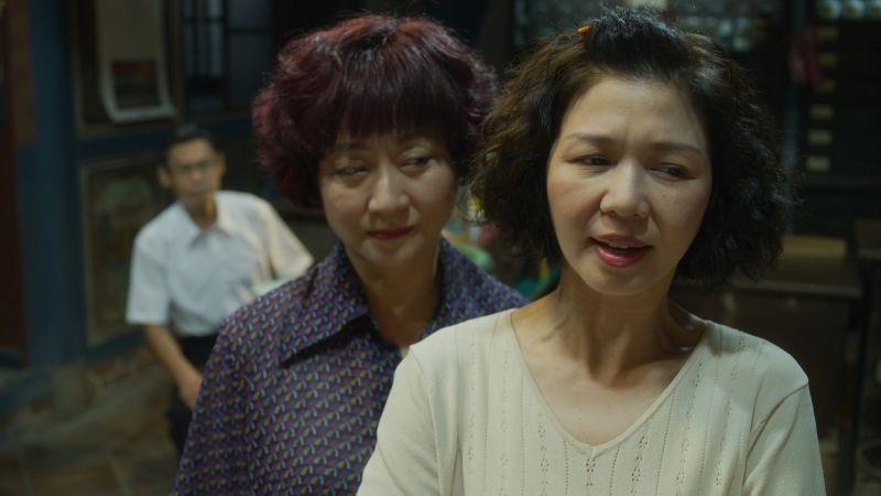 ▲楊麗音(左)、于子育劇中劇飄火藥味。(圖/華視、CATCHPLAY提供)