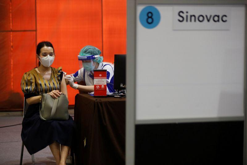 完整接種2劑中國科興疫苗 泰國618名醫護仍確診