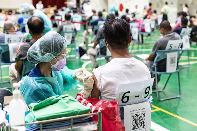 民眾國外打疫苗難把關 陳時中:朝雙邊認定機制規劃