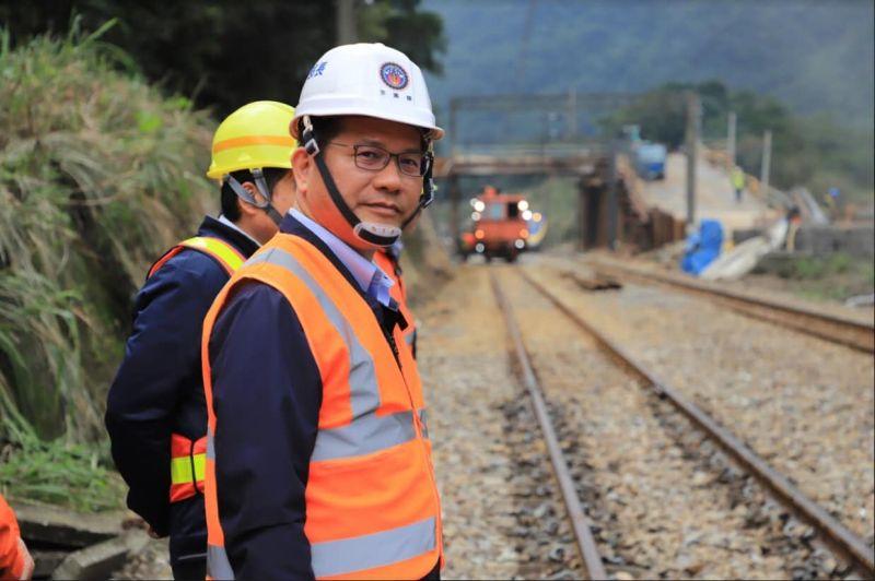 ▲太魯閣事故百日,林佳龍表示若政府部門有需要,他會持續整合社會力協助。(圖/林佳龍臉書)
