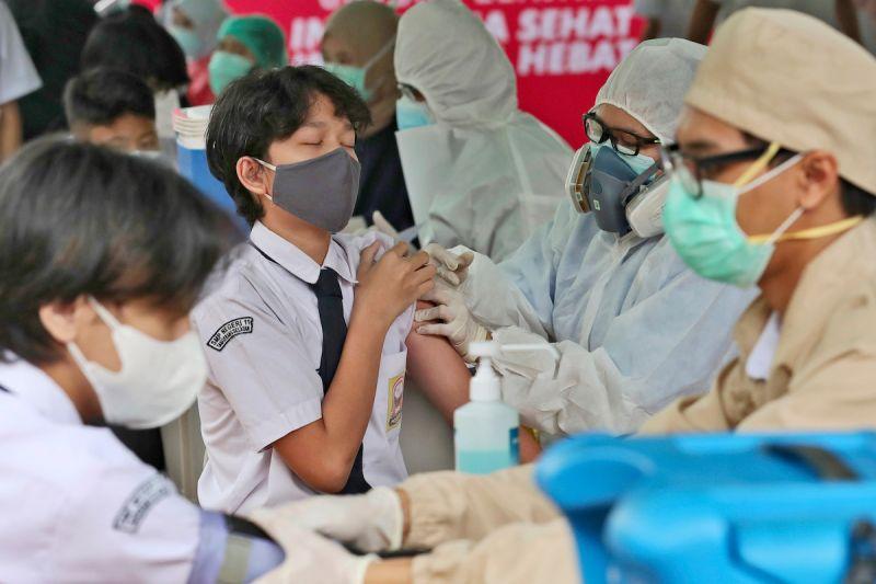 印尼疫苗不足 僅6.7%人口完整接種兩劑