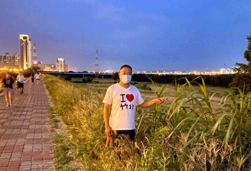 竹北興隆路河堤雜草叢生 竹縣議員陳凱榮要求改善