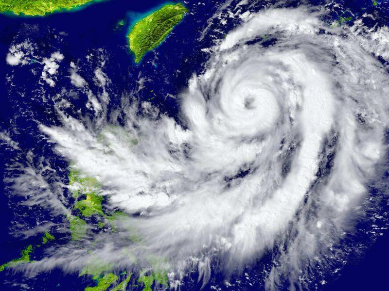 ▲颱風假在台灣行之有年,而台灣人颱風天的共同回憶也掀起不少討論。(颱風示意圖/Pixabay)