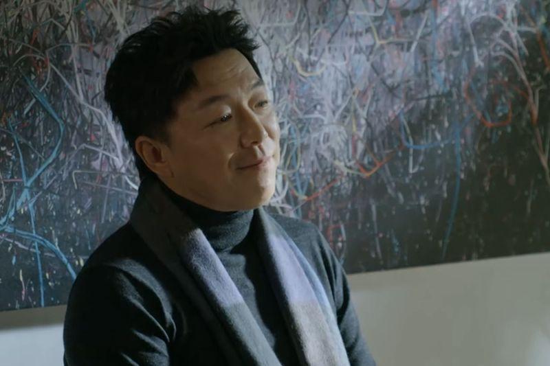 ▲黃渤飾演大牌演員念數字拍戲。(圖/愛奇藝國際站)