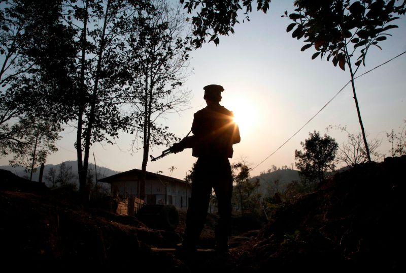 ▲緬甸克欽叛軍發言人表示,中國已提供1萬劑新冠疫苗。(圖/美聯社/達志影像)