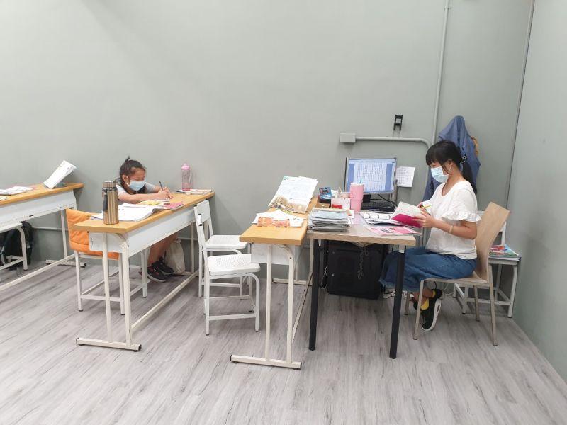 ▲台中市補教業者申請復業首日,209家提出申請,163家通過備查(圖/教育局提供2021.7.27)