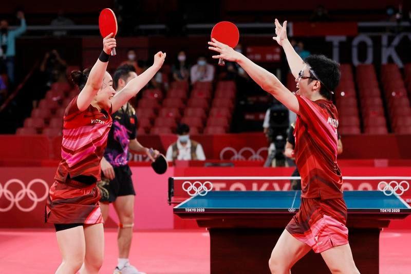▲東京奧運桌球混合雙打金牌戰在26日晚上舉行,最後由日本代表隊奪下金牌。(圖/翻攝自東京奧運推特)