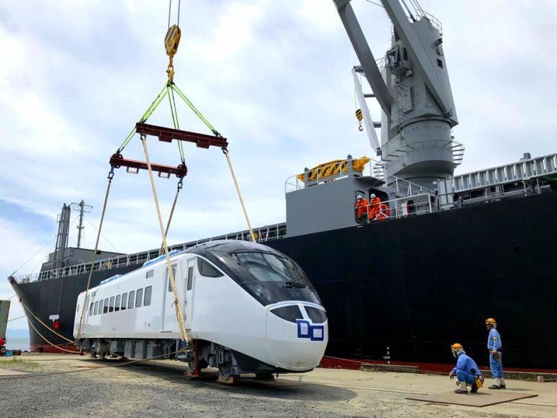 ▲台鐵局表示,向日本訂購的EMU3000城際列車將於30日抵台。(圖/台鐵局提供)