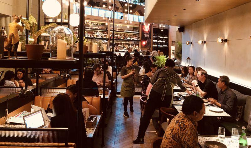 ▲印尼餐廳內用示意圖。 (圖/shutterstock)