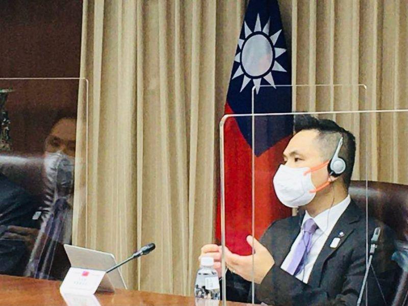 ▲國民黨立委陳以信上午參加台美日國會戰略論壇。(圖/陳以信辦公室提供)