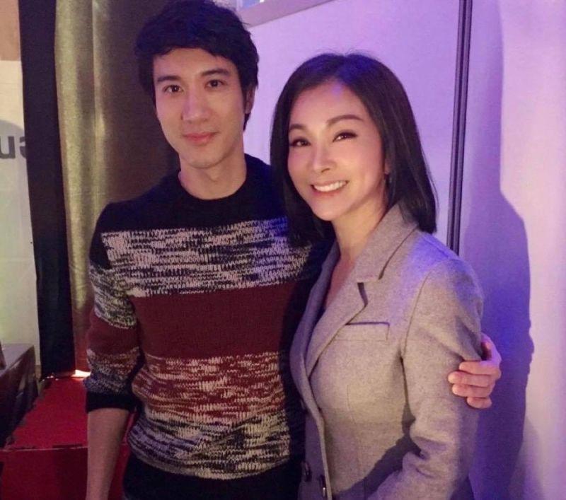 ▲陳美鳳與王力宏(左)舊合照。(圖/陳美鳳臉書)