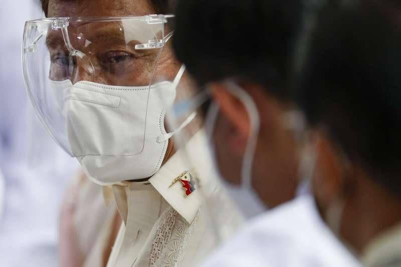 菲國總統再説狂語促接種 民間接種意願低落原因近似台灣