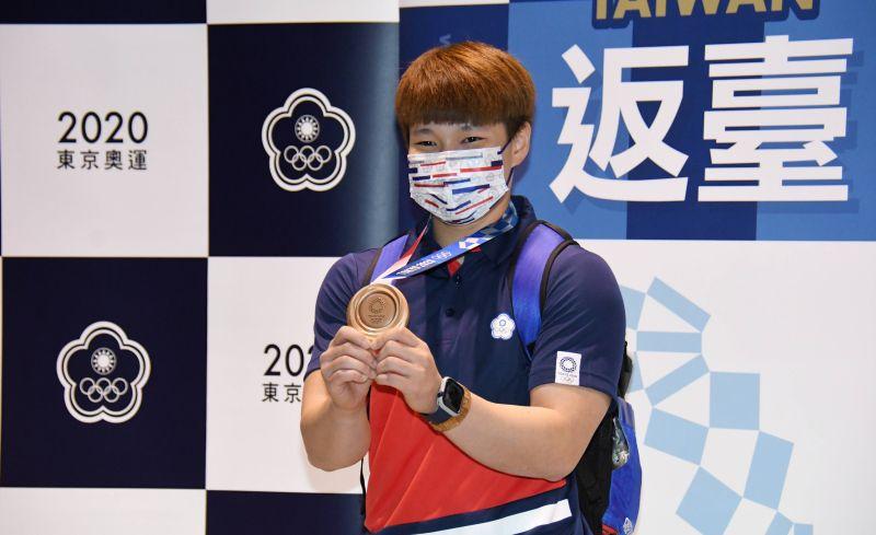 ▲東京奧運舉重女將陳玟卉。(圖/林調遜攝)