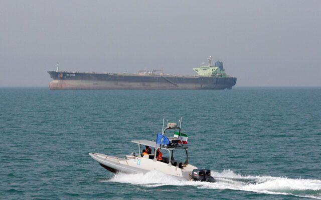 油輪阿曼外海遇襲 英美指伊朗所為