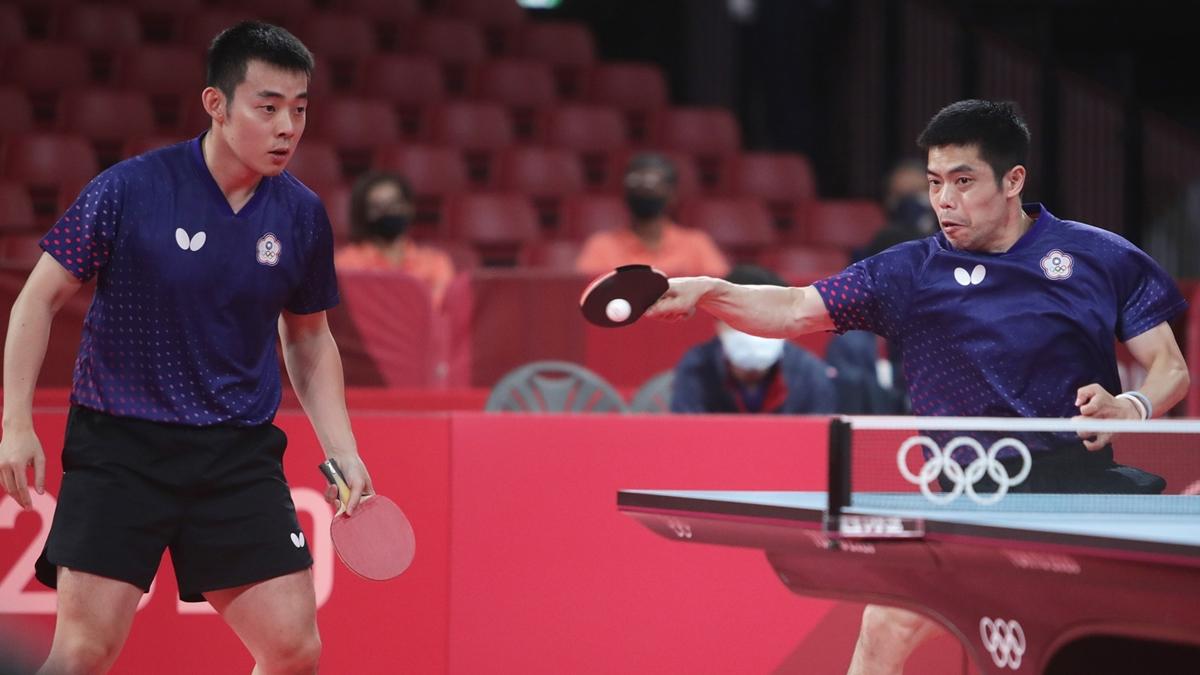 ▲2021桌球亞錦賽,莊智淵和陳建安領軍的中華男團以3比2擊敗日本挺進決賽。(圖/體育署提供)