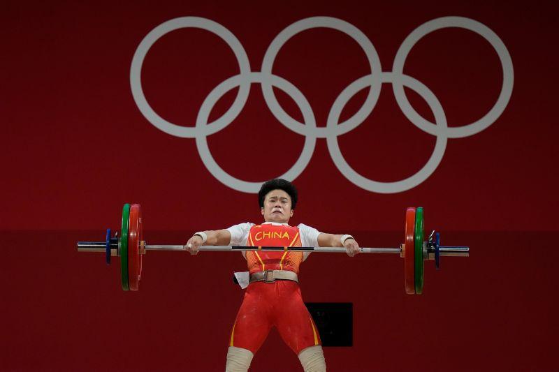 中國體育機器製造選手 紐時:不惜一切代價奪金牌