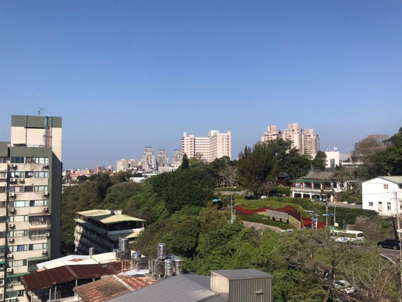 ▲台灣常見頂樓加蓋等違建型態,有被檢舉報拆的風險。圖為示意照。(圖/NOWnews資料照片)
