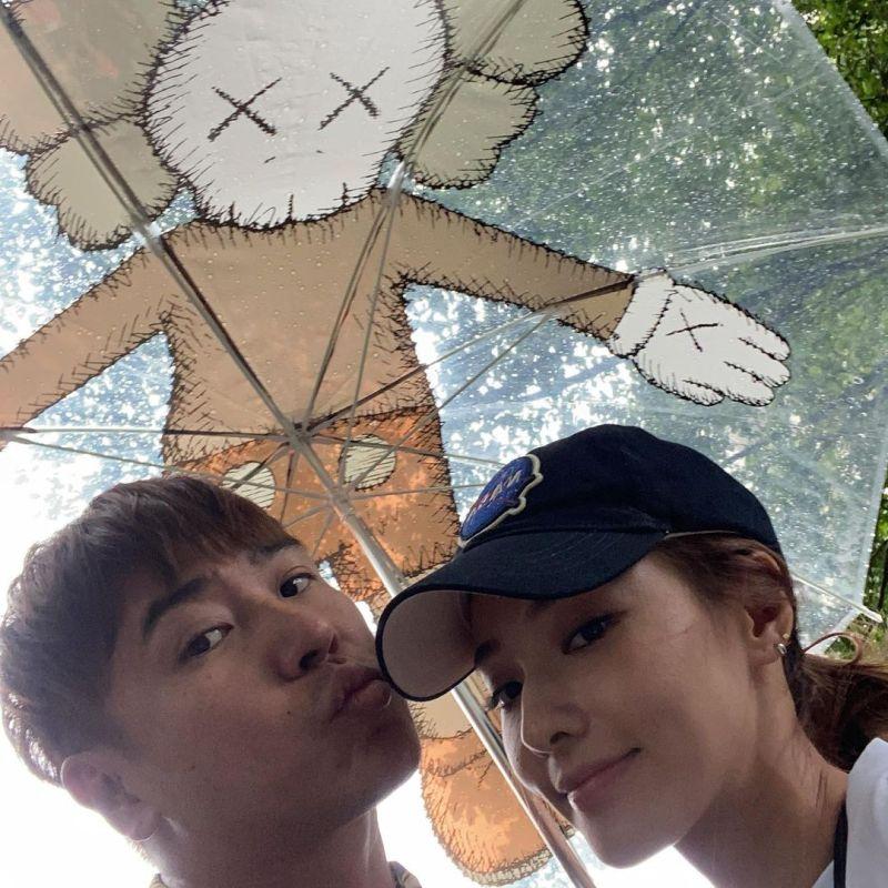 ▲歐弟(左)與鄭雲燦結束6年多婚姻。(圖/歐漢聲IG)